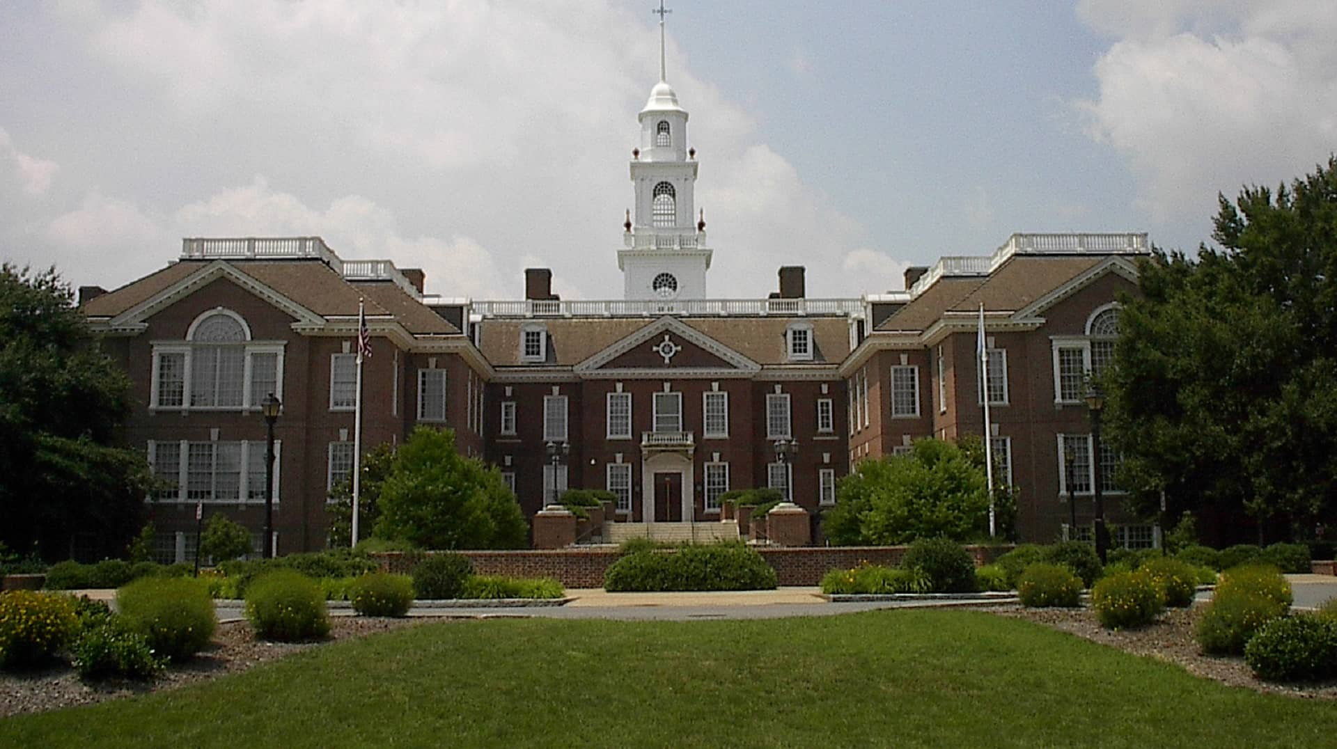 Bill opening up Delaware police internal records clears committee