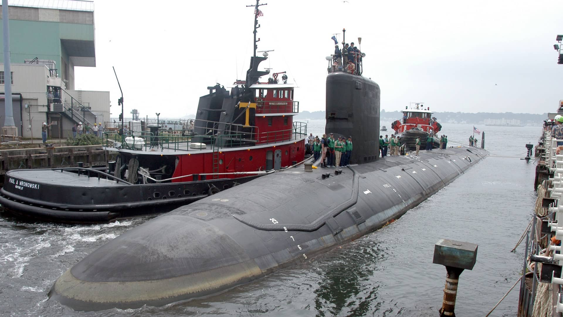 Navy nuclear engineer from MD charged with trying to pass secrets